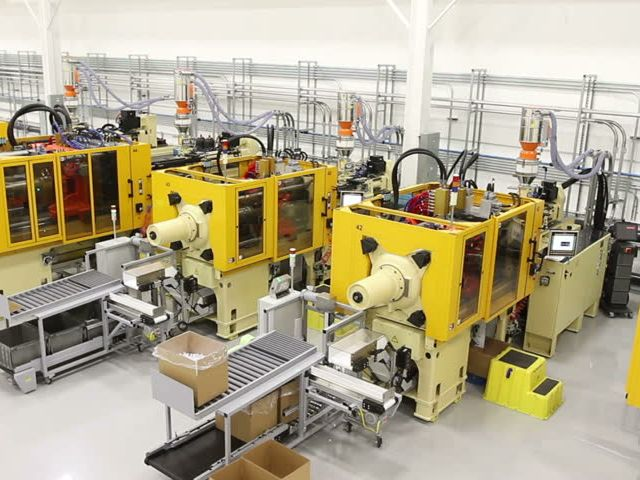 Plastic-injection-machine